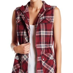 NWT BluPepper Plaid Flannel Aztec Embroidered Vest